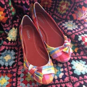 Colorful plaid flats with bows - Soda brand